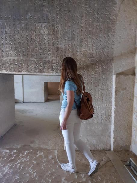 interior-de-una-piramide-egipto